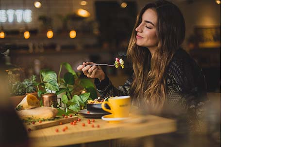 mindfully eating weight loss | emindful.com
