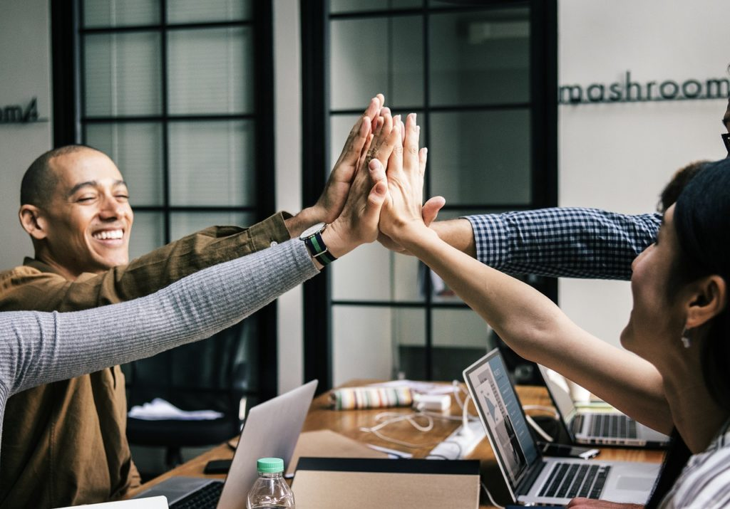 importance of community connection | emindful.com
