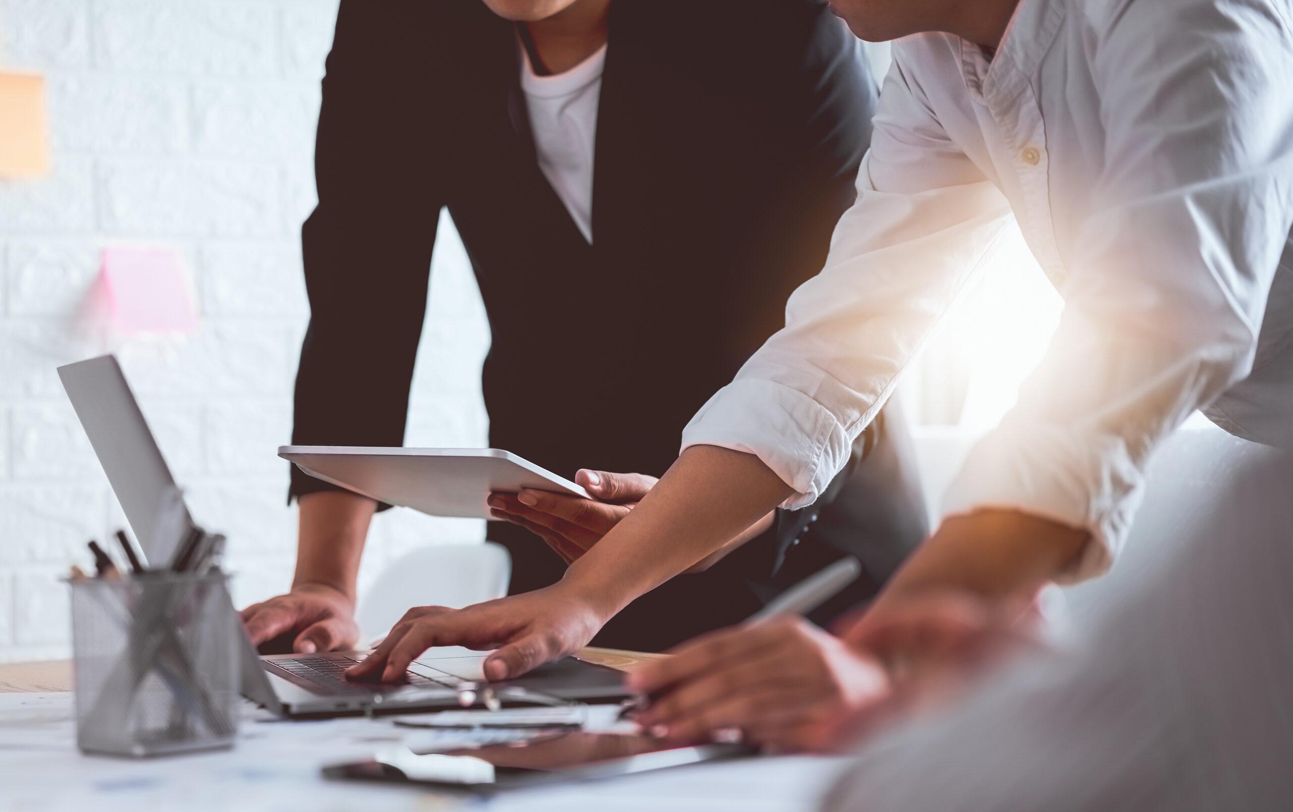 tips for going back to work mindful leadership | emindful.com