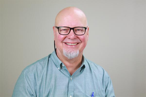 Headshot of eMindful Lead Teacher Jim Austin